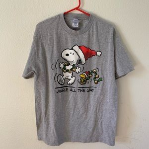 Snoopy Christmas tee size large